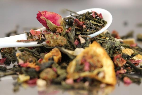 Königin von Saba (aromatisierter Weißer und Grüner Tee)
