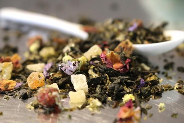 Tee der langen Freundschaft (Weißer Tee mit Johannisbeer-Erdbeer-Geschmack)