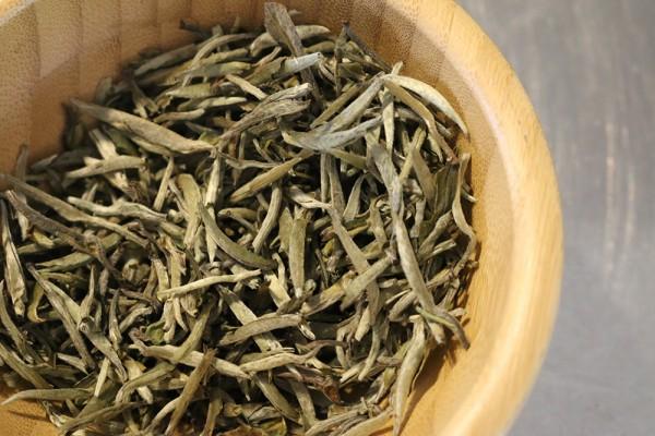 Teeprobe Weißer Tee China Yin Zhen Silver Needle, 10g