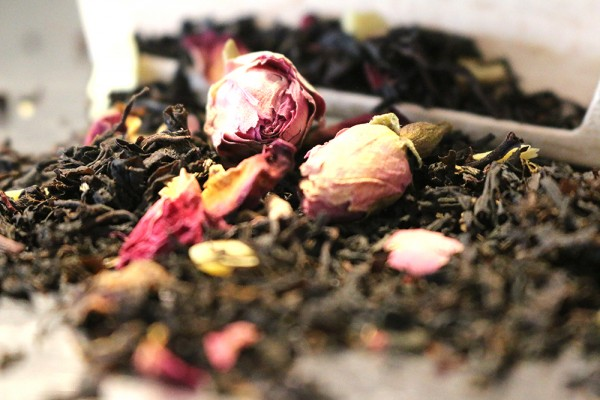 Rosenmarzipan, 100g (Schwarzer Tee)
