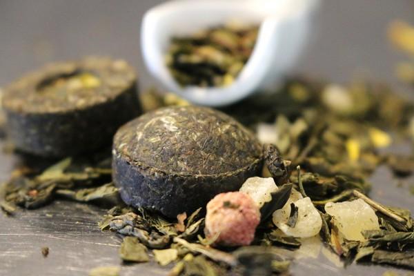 Die Acht Schätze des Shaolin (Grüner Tee mit Erdbeer-Ananas-Geschmack)