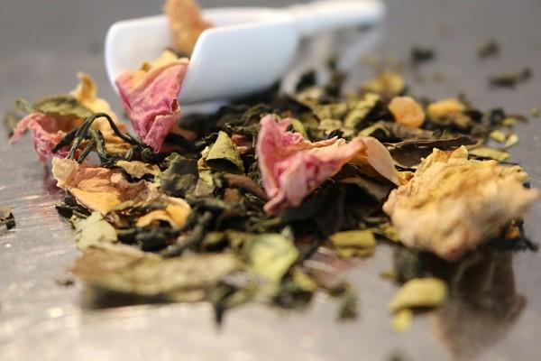 Teeprobe Weißer Tee Duftende Kostbarkeit, 20g