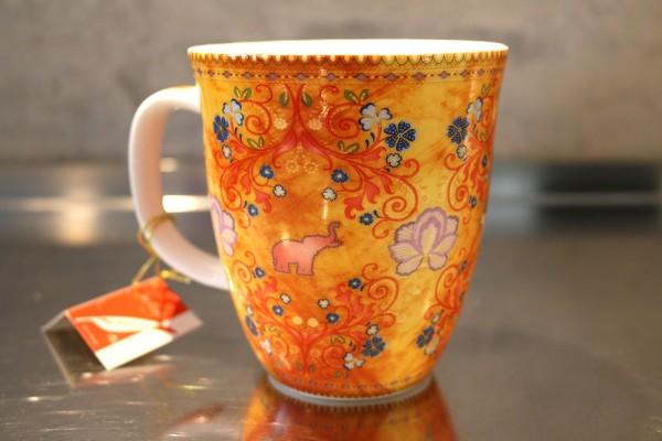 Becher / Mug Happy Orange Elephant; 0,38l (Fine Bone China)