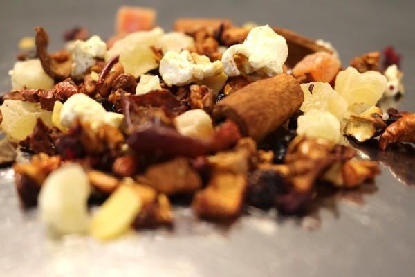 Knusperhäuschen (Milder Früchteetee mit Gebrannte-Mandel-Geschmack)